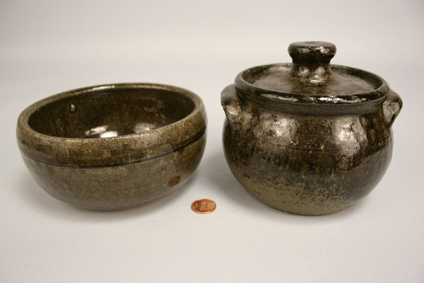 84: Lanier Meaders Pottery Bean pot and Bowl