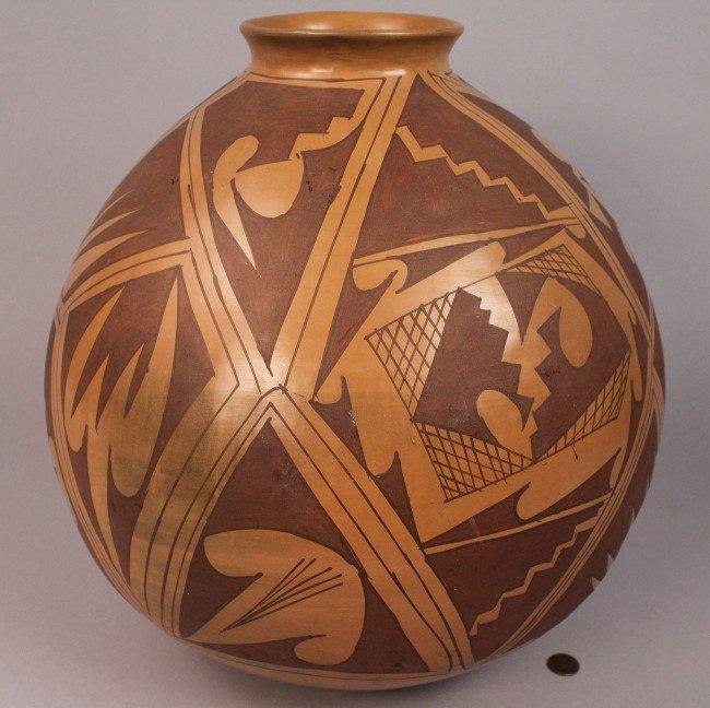 16: Large Mata Ortiz Polychrome Pottery Jar