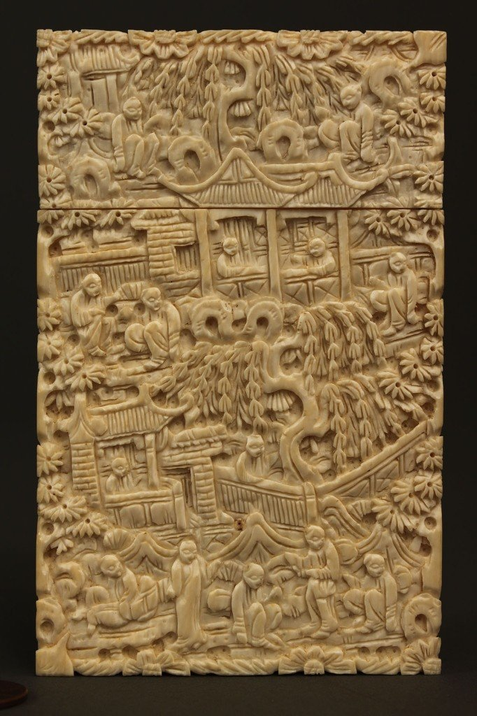 5: Asian Ivory calling card case, lift top, elaborate