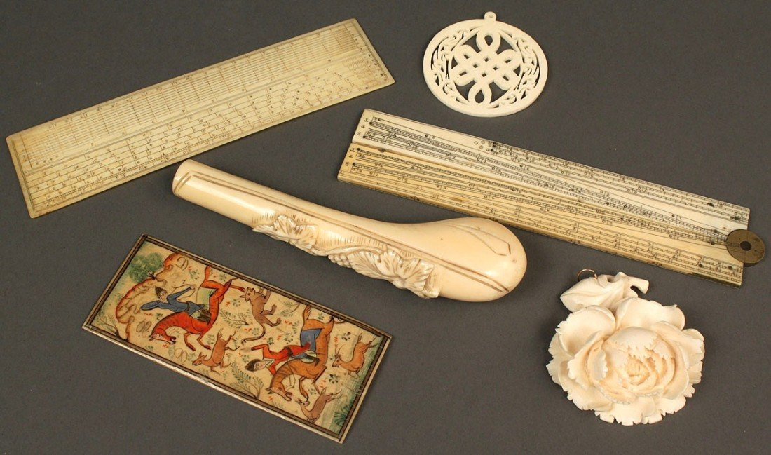 24: Lot of 6 carved ivory, bone and walrus items