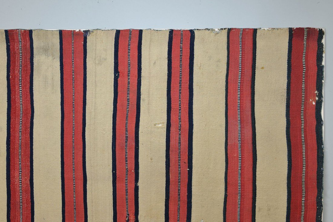 460: Late Classical Navajo Man's Wearing Blanket - 3