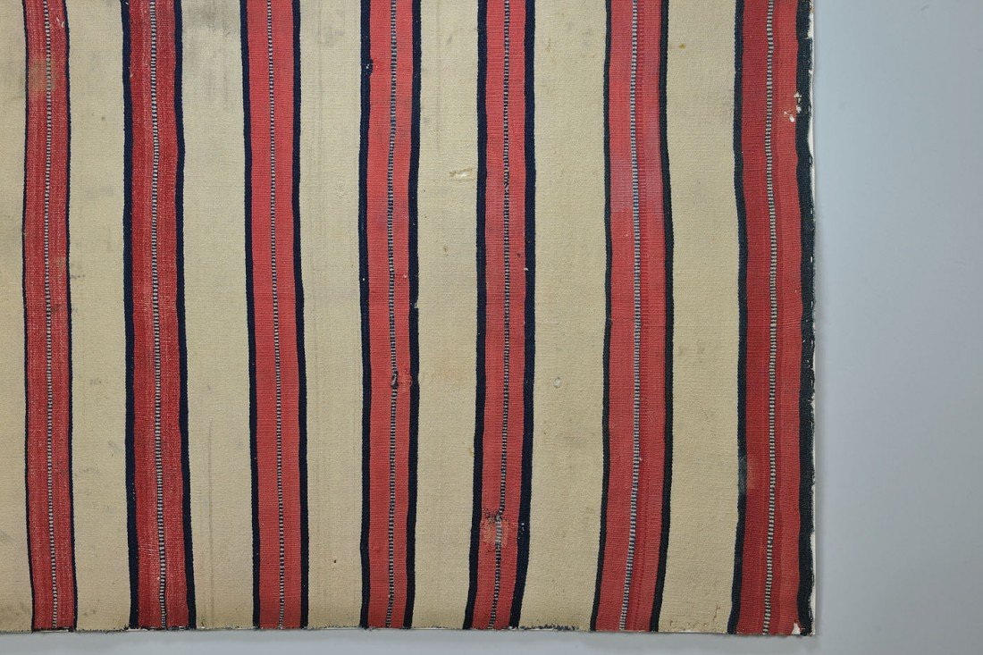 460: Late Classical Navajo Man's Wearing Blanket - 4