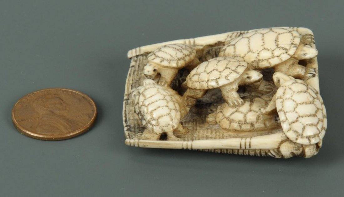Carved Japanese Ivory Netsuke of Turtles - 2
