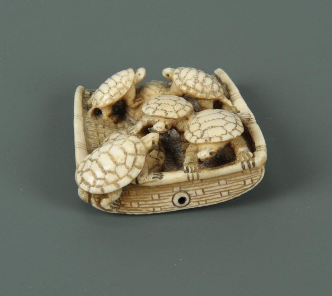 Carved Japanese Ivory Netsuke of Turtles - 5