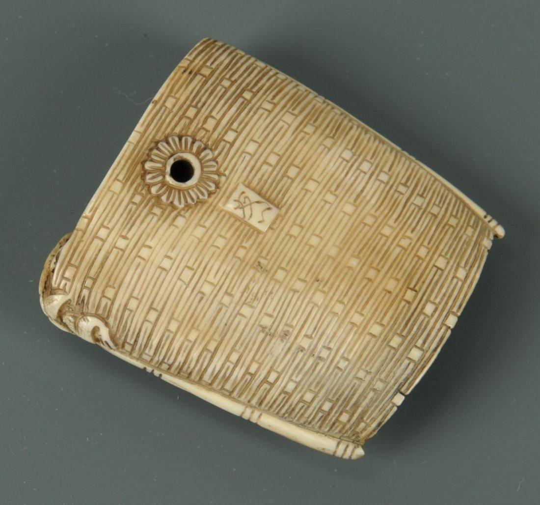 Carved Japanese Ivory Netsuke of Turtles - 8