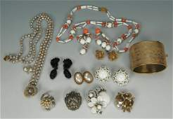 610 Vintage Assorted Miriam Haskell Jewelry
