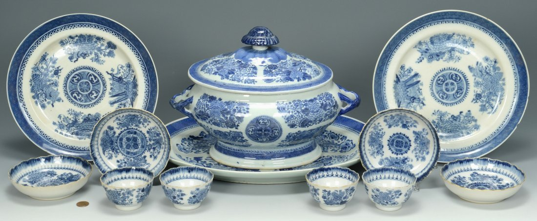 Blue Fitzhugh inc. Tureen, 8 items