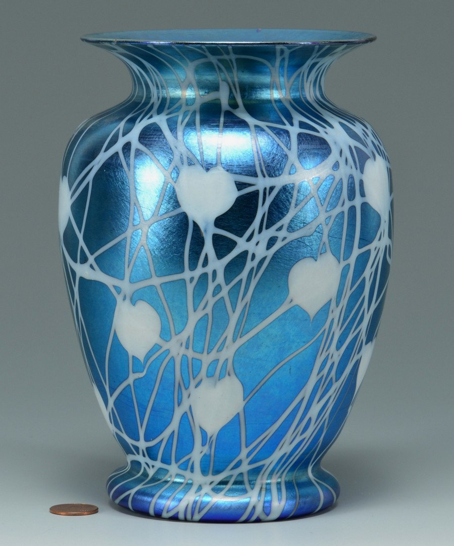 Durand Glass Hanging Heart Design Vase