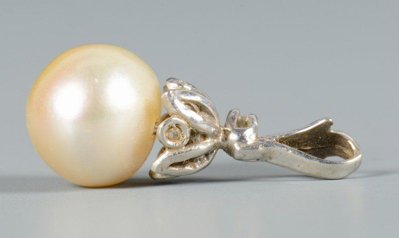 Natural American Pearl w/ 14k Gold Clasp