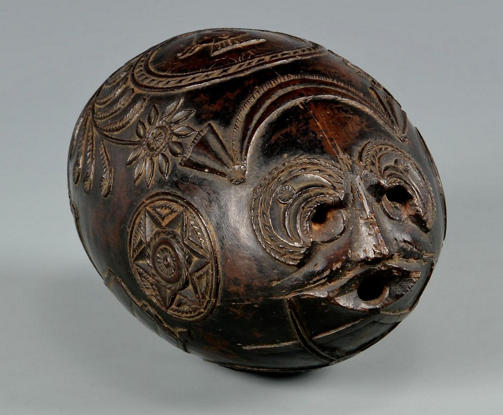 19th Century Carved Coconut Shell - 2
