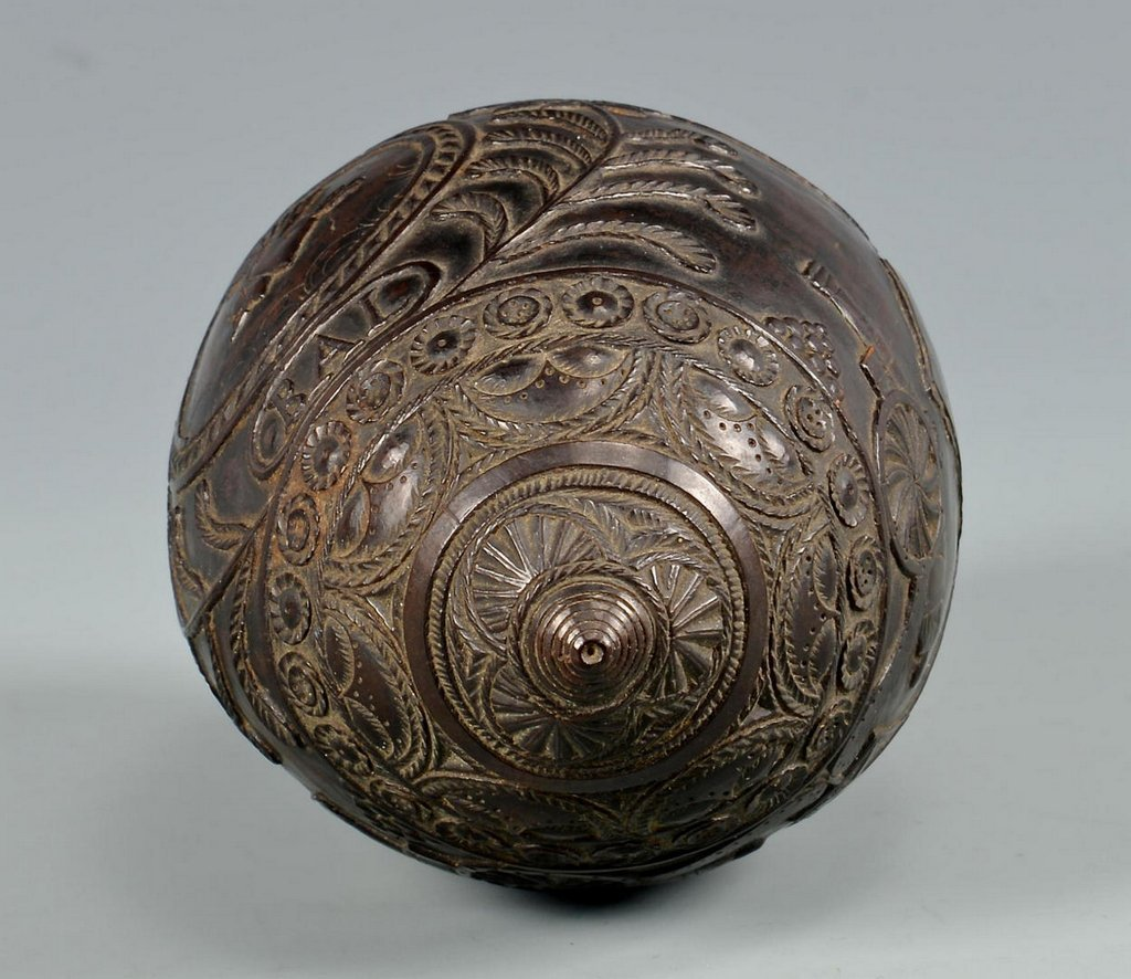 19th Century Carved Coconut Shell - 3