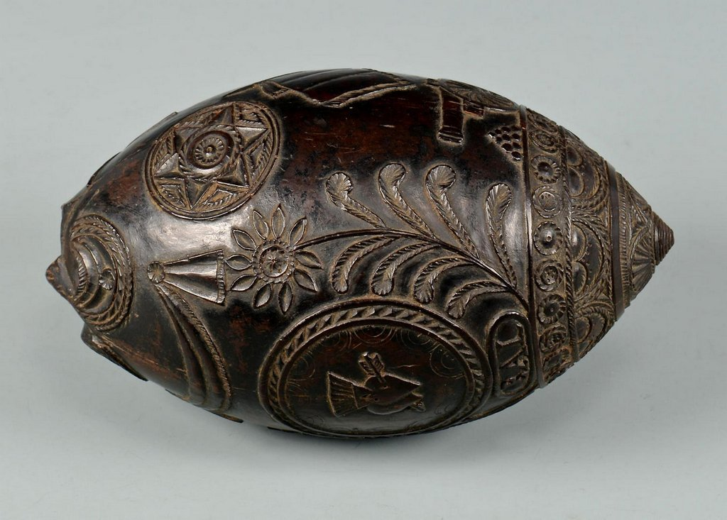 19th Century Carved Coconut Shell - 6