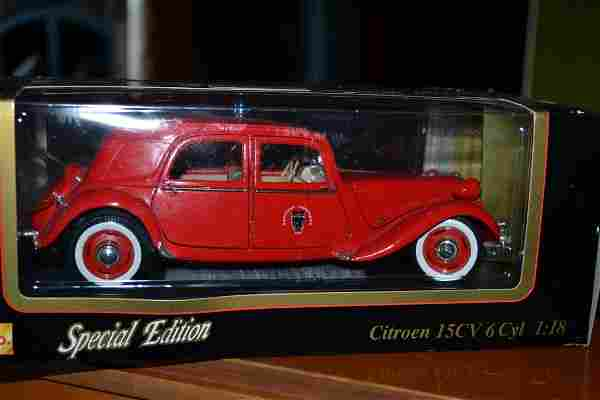 Diecast Models 1952 Citroen 15CV 6 Cyl. Special Edition