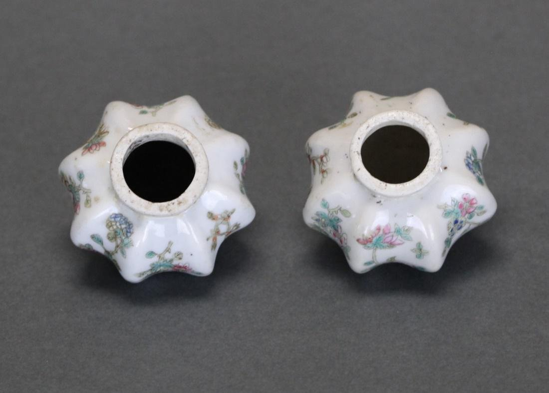 pair of Chinese porcelain opium pipe bowls - 2