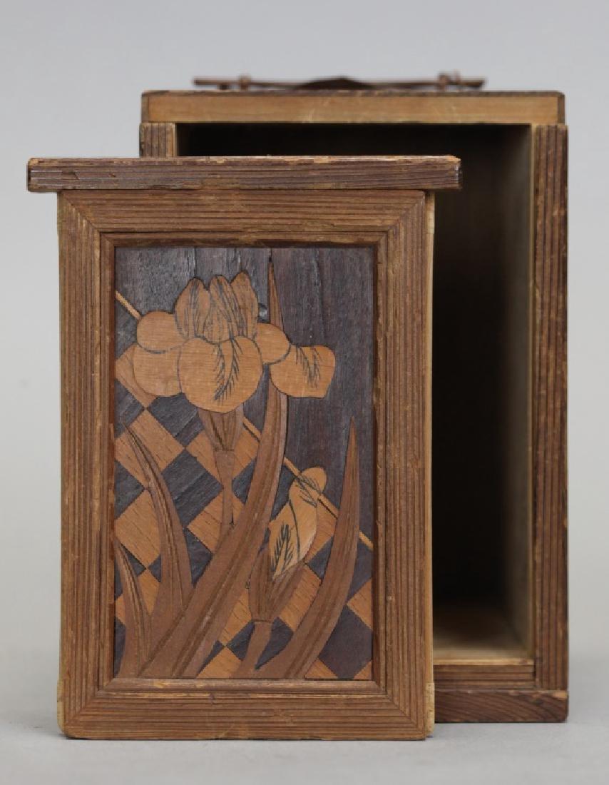 Japanese porcelain tea caddy w/ original wooden box - 2