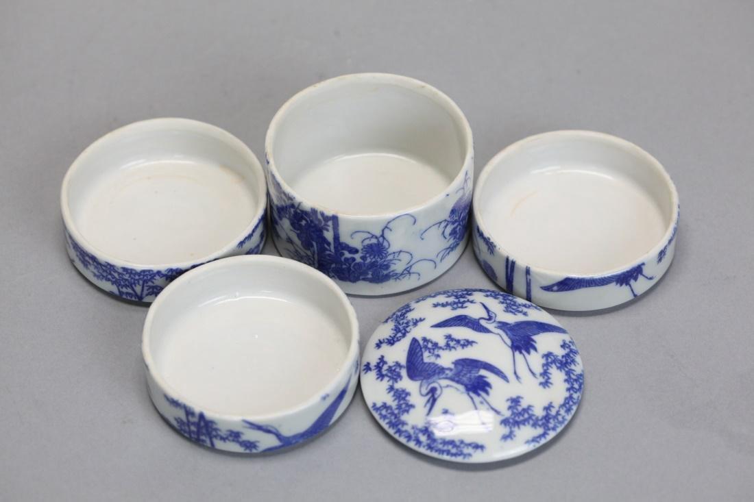 Japanese porcelain tea caddy w/ original wooden box - 4