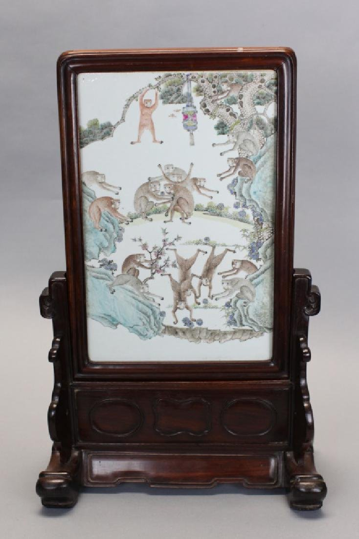Chinese porcelain plaque table screen, Qing dynasty
