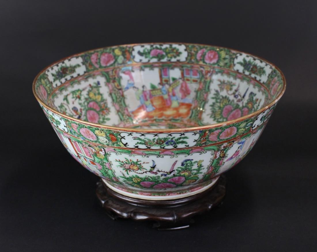 Chinese rose medallion porcelain punch bowl, 19th c.