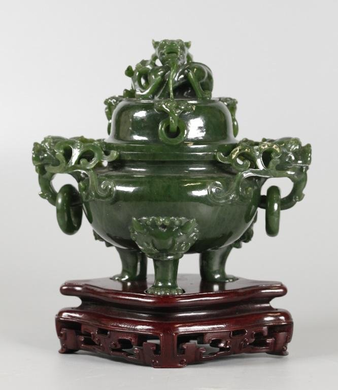 carved Chinese spinach jade cover censer