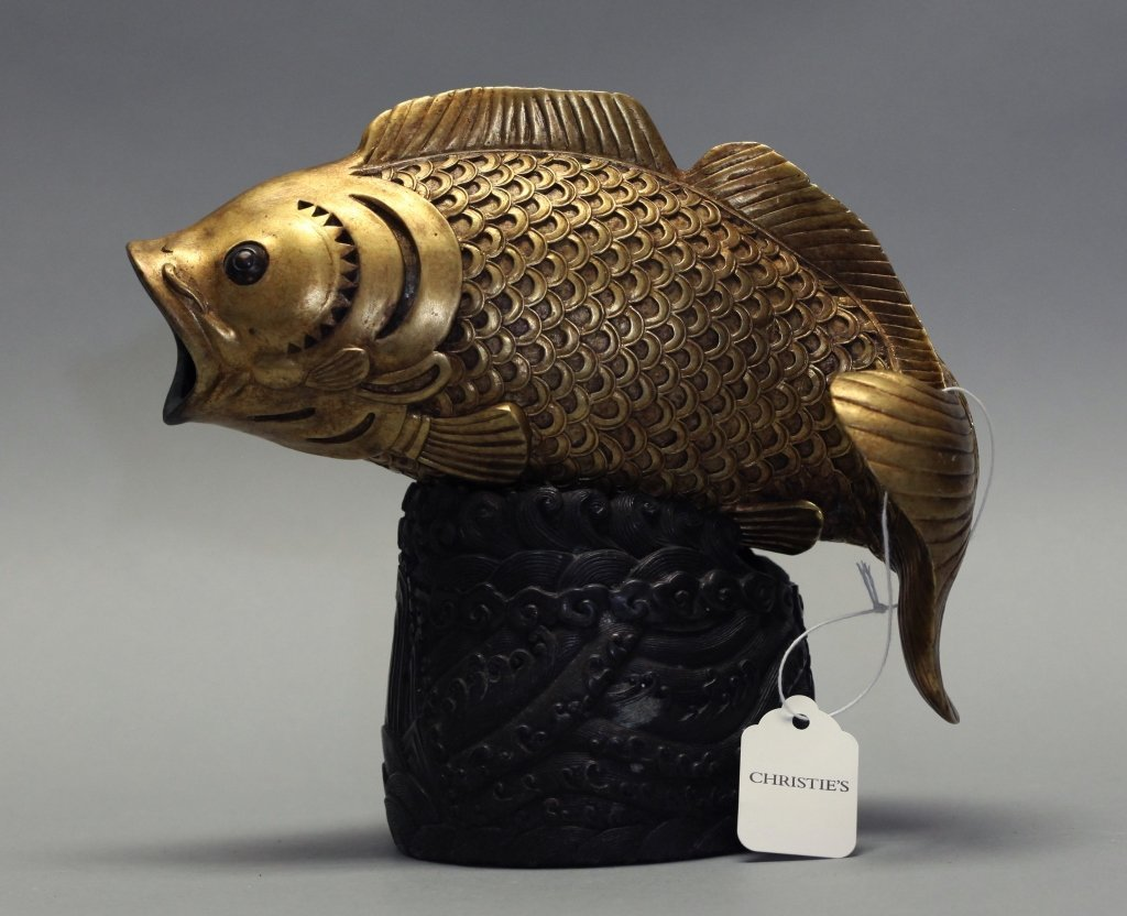 Chinese gilded bronze fish on bronze base, 19th c.