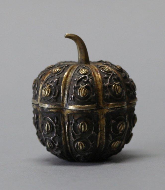 Chinese bronze pumpkin shaped box
