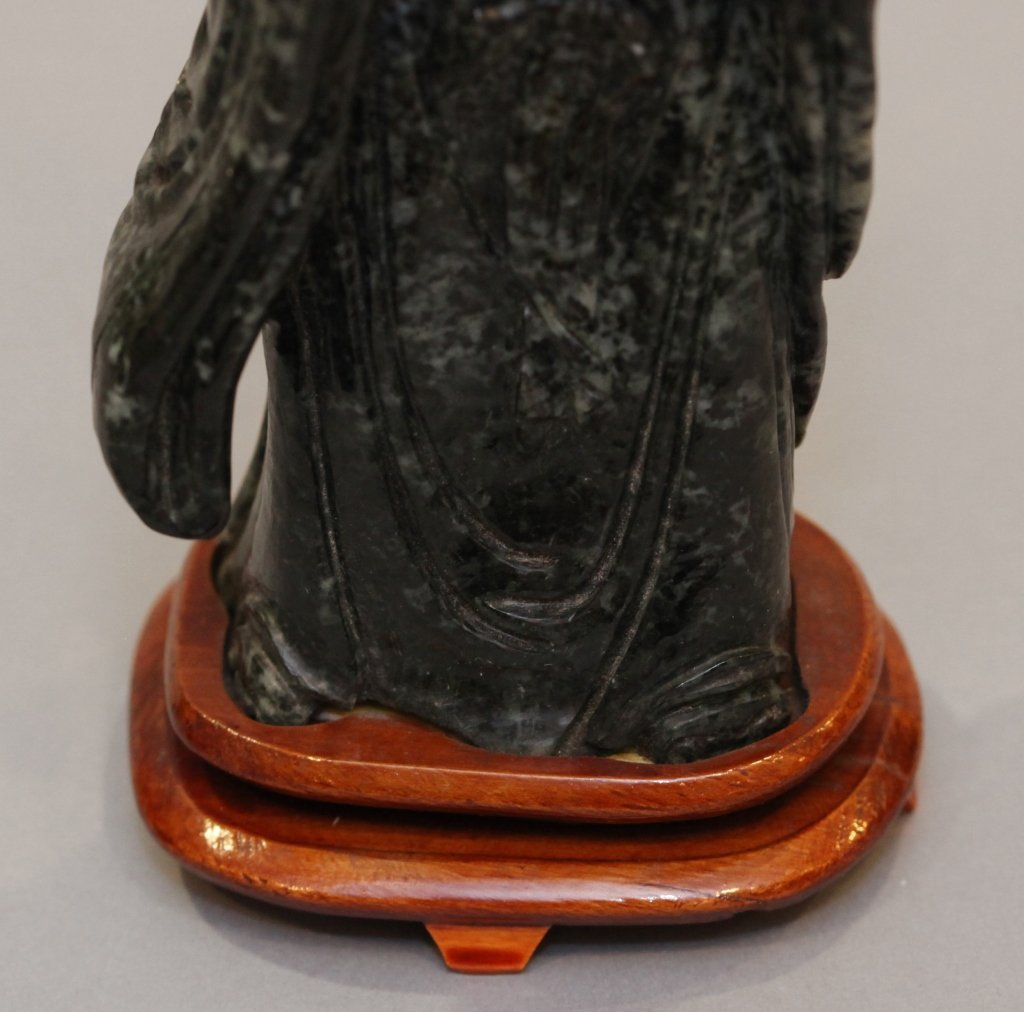 Chinese stone carving of the laughing buddha - 5