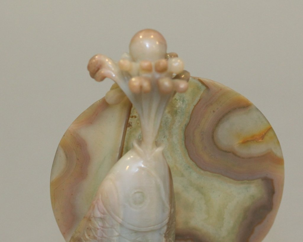 Chinese agate carving of a fish - 4