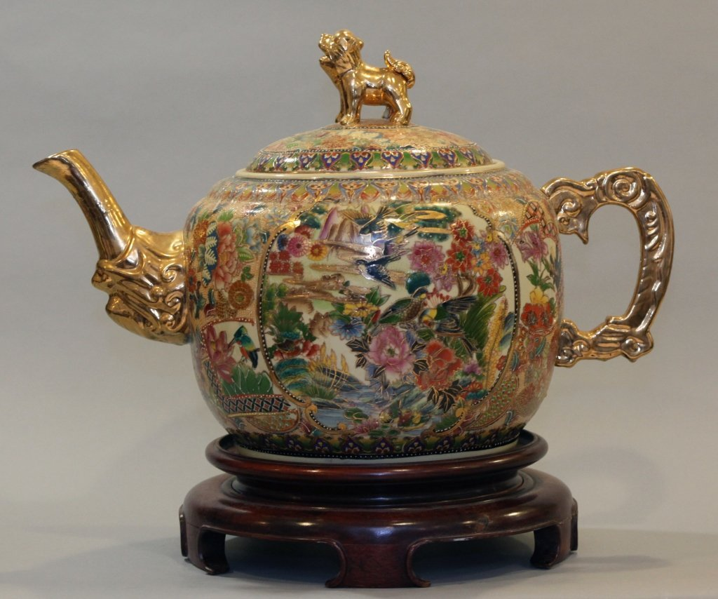 large Chinese multicolor porcelain teapot - 3