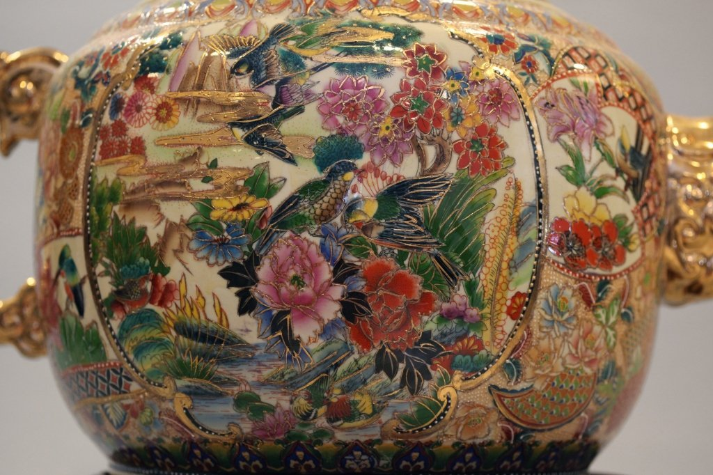 large Chinese multicolor porcelain teapot - 5