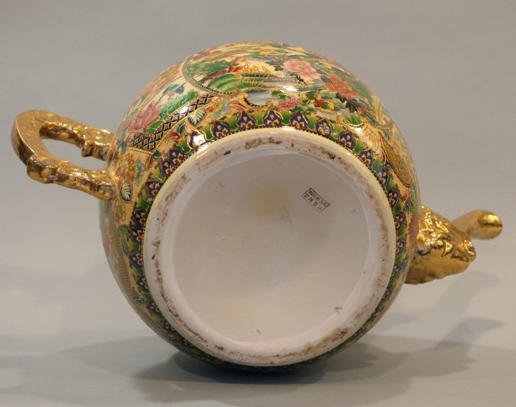 large Chinese multicolor porcelain teapot - 6