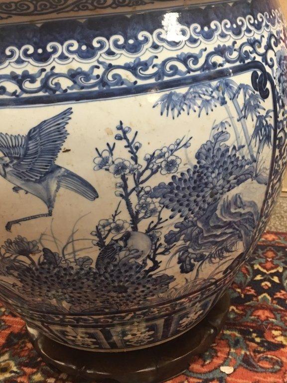 Chinese blue & white porcelain fishbowl - 2