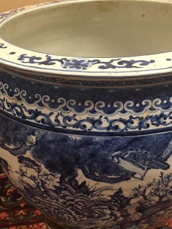 Chinese blue & white porcelain fishbowl - 7