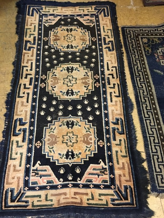 two Chinese rugs, late Qing dynasty - 2