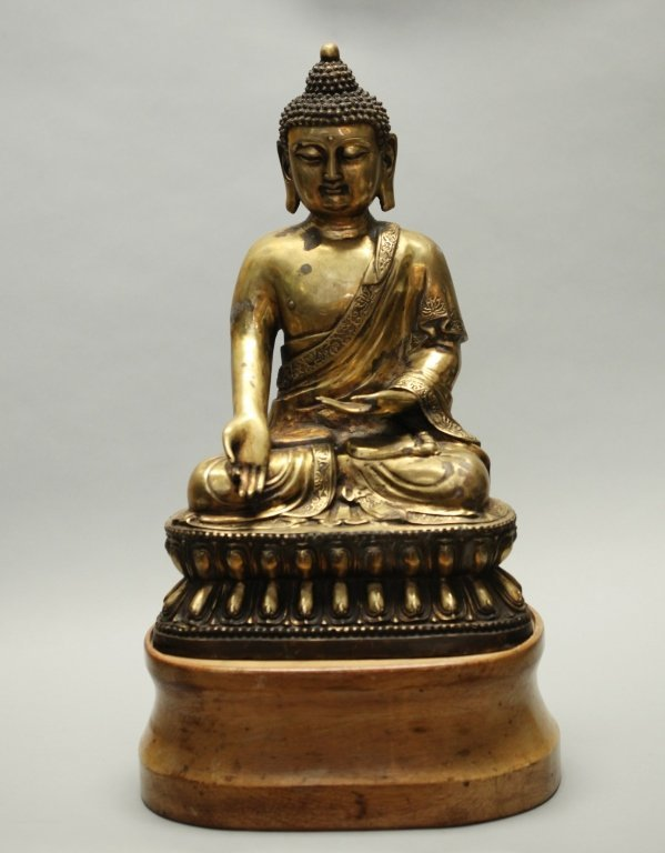 large Chinese bronze buddha