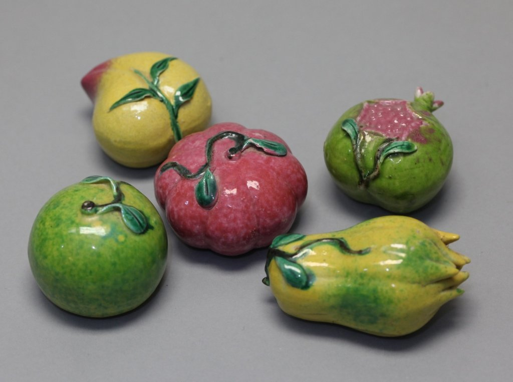 group of 5 Chinese porcelain fruits on raised tray - 2