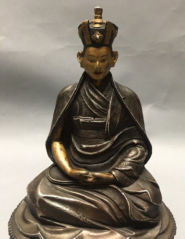 silver Tibetan figure of lama/monk - 2