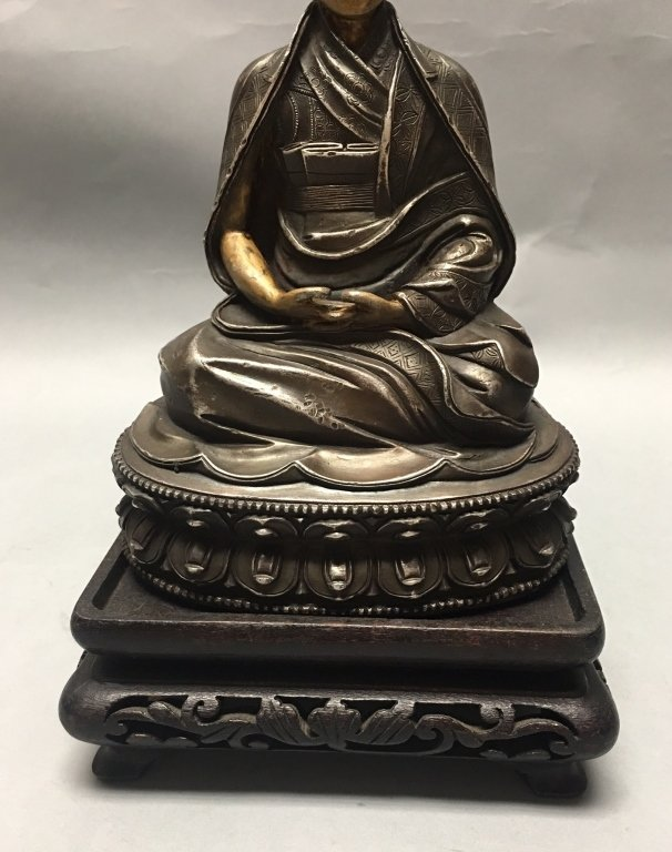 silver Tibetan figure of lama/monk - 3