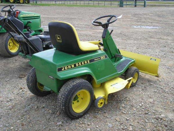 2513: JD 90 Electric Mower