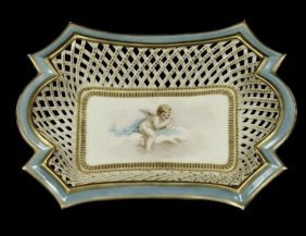 19TH CENTURY RETICULATED FRENCH SEVRES STYLE DISH