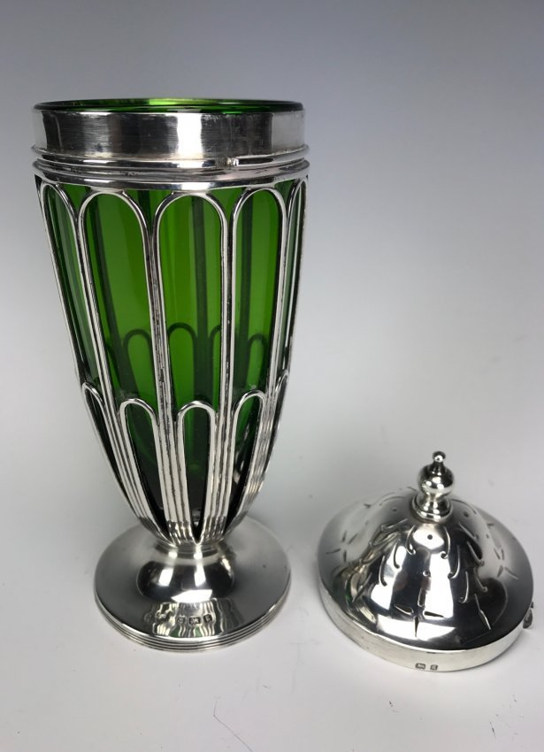 A VICTORIAN STERLING SILVER AND GLASS SHAKER - 2