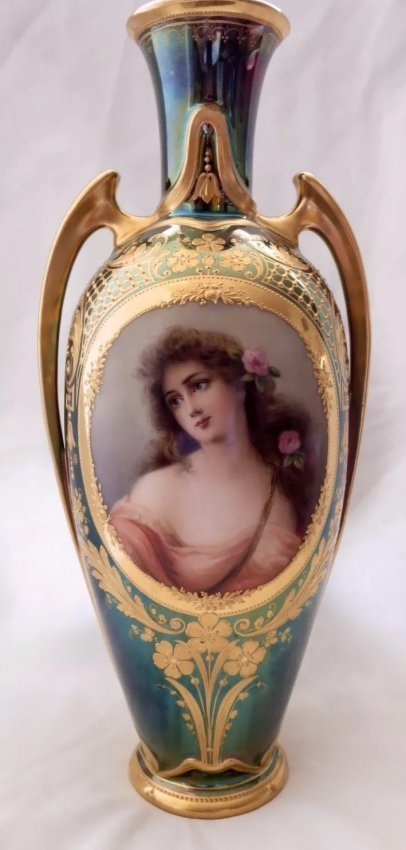LARGE ROYAL VIENNA VASE SIGNED WAGNER