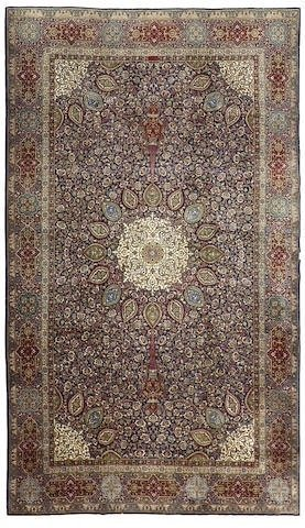 A GOOD TABRIZ ANTIQUE RUG 15' X 10'