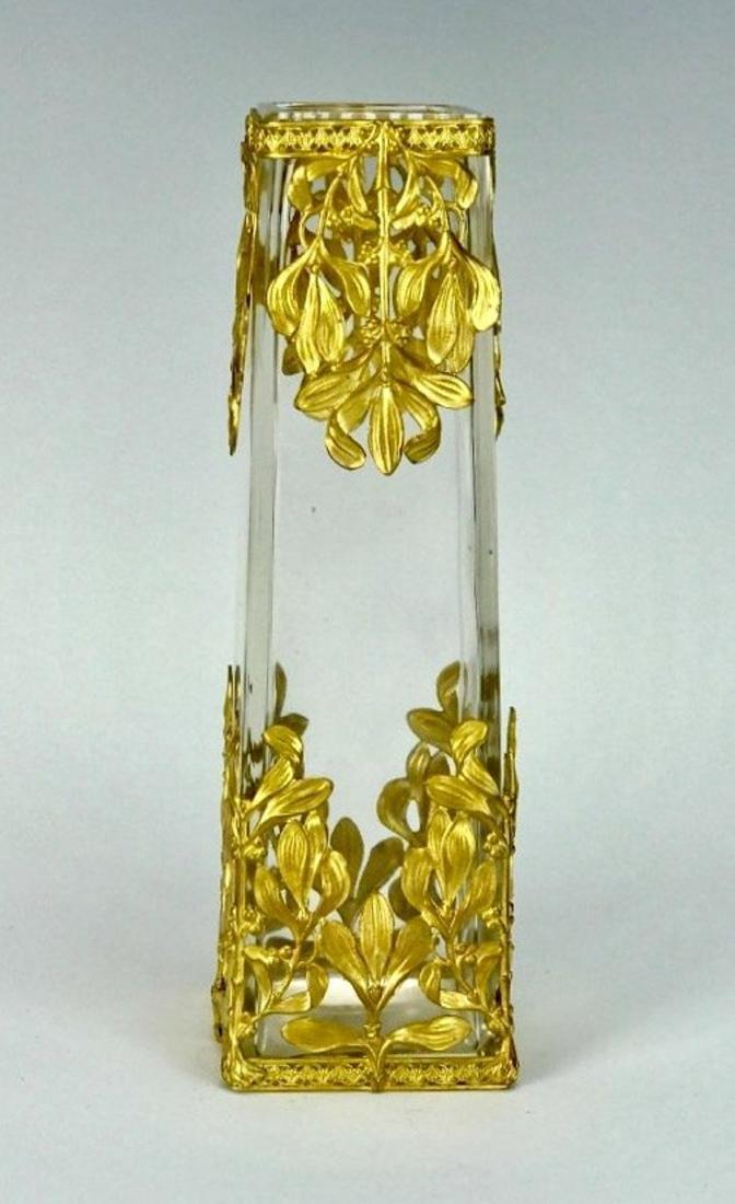 A VERY FINE ORMOLU MOUNTED BACCARAT GLASS VASE