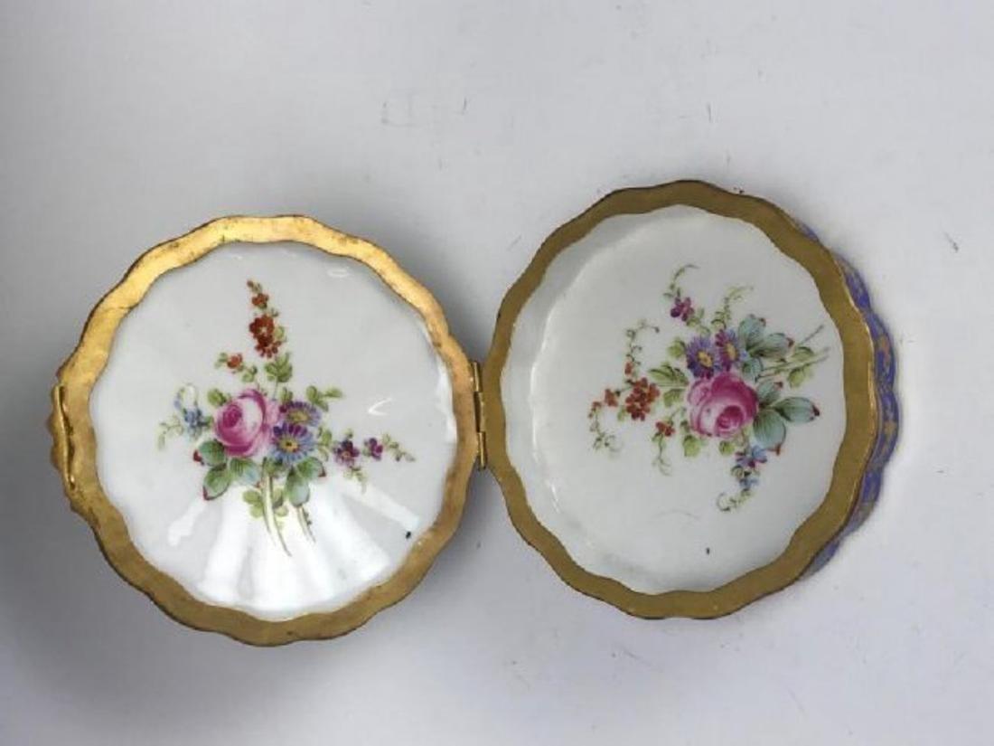 SEVRES PORCELAIN BOX CIRCA 1850 - 4