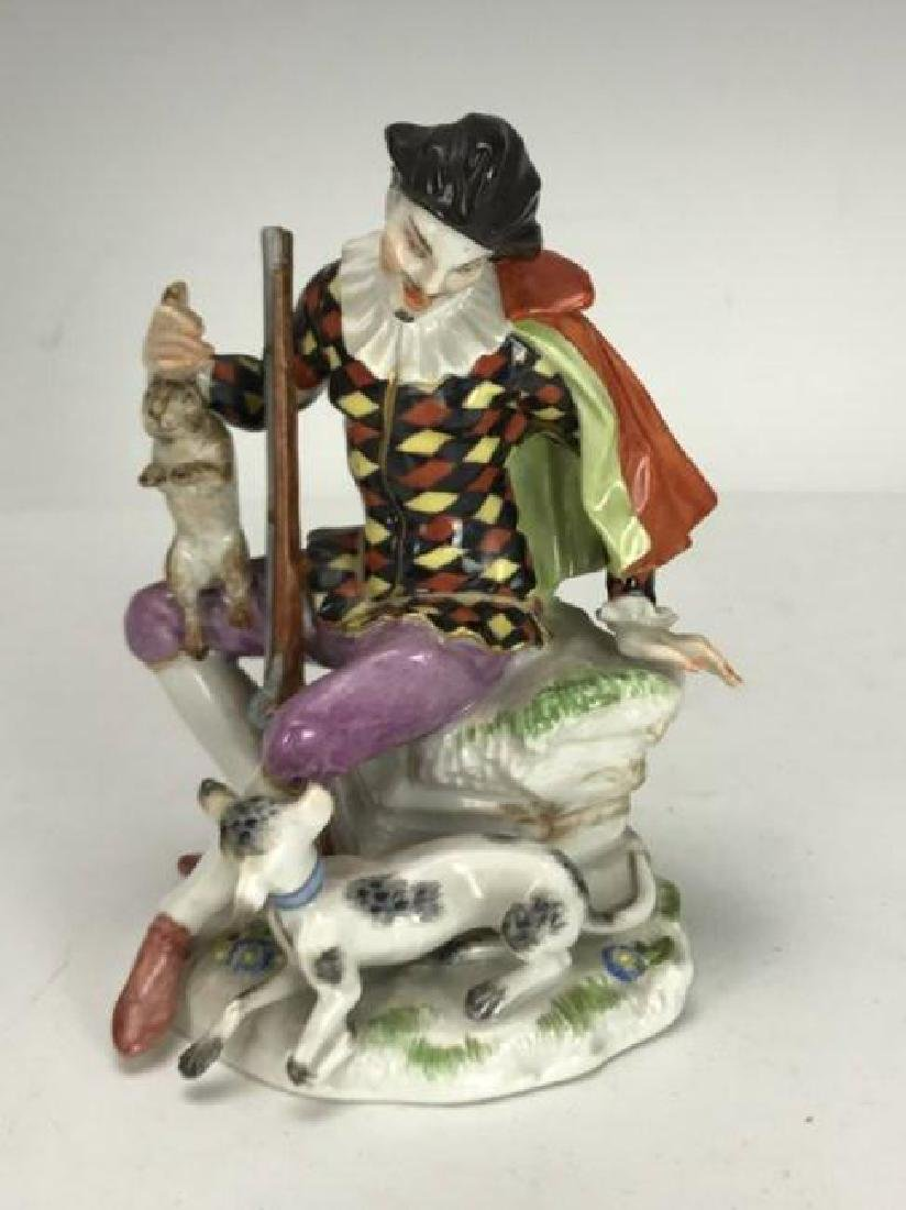 MEISSEN FIGURE OF A HUNTER
