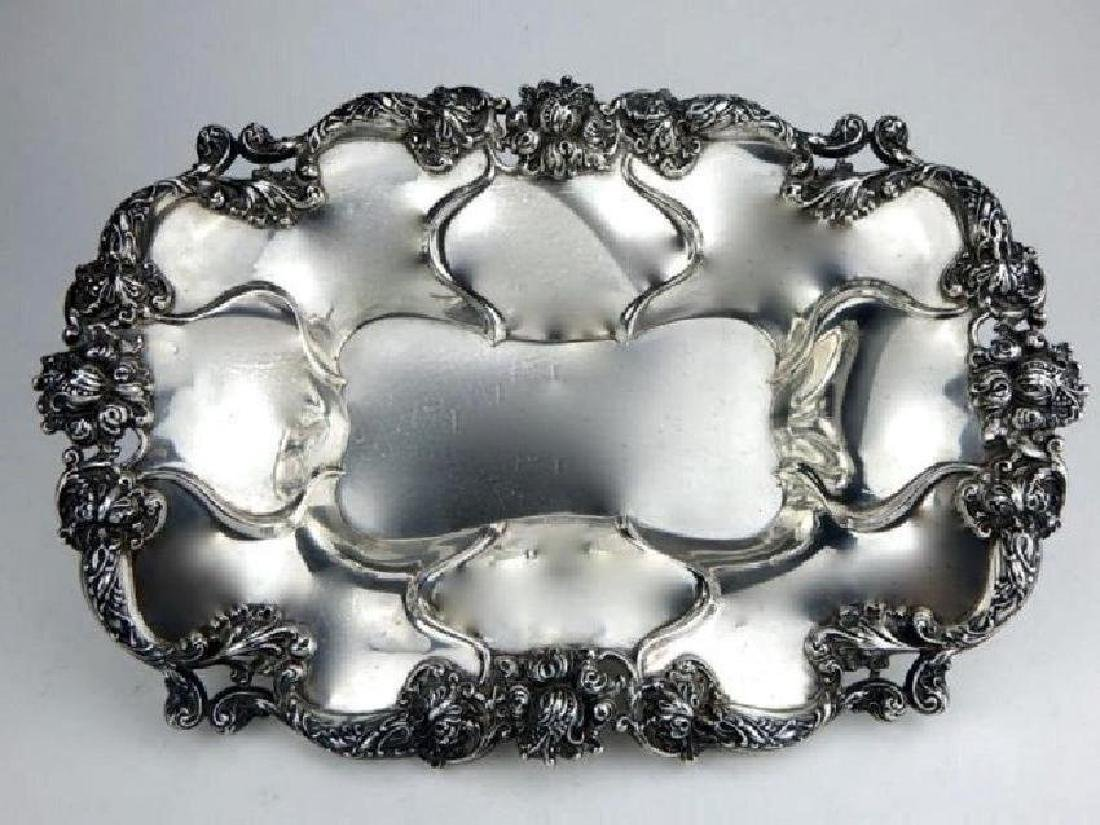 19TH C. STERLING SILVER SERVING DISH