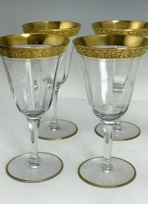 SET OF 8 GILT TOP WINE GLASSES - 2