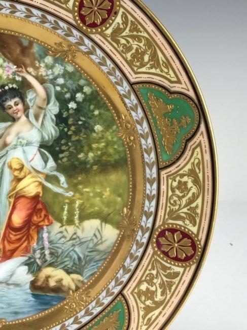A ROYAL VIENNA PLATE CIRCA 1900 - 2