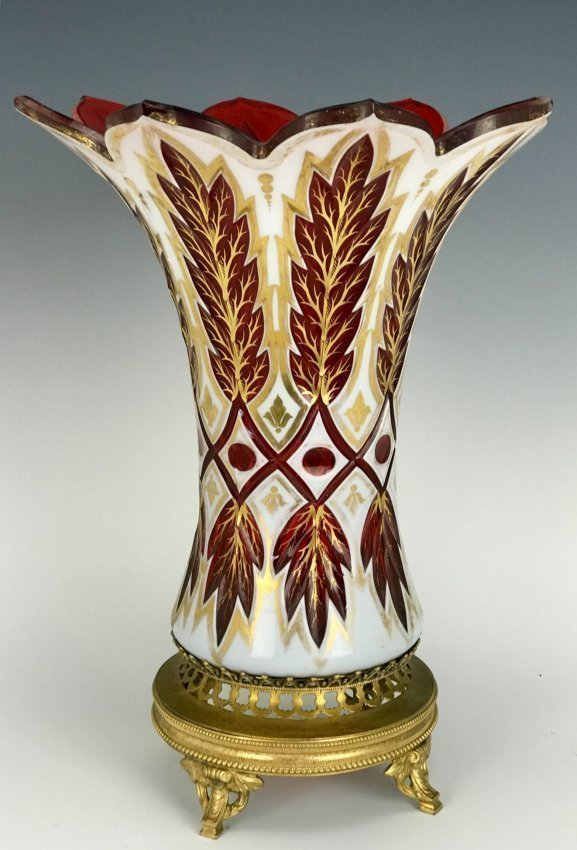 A LARGE 19TH C. BOHEMIAN OVERLAY GLASS VASE