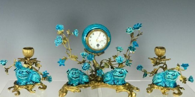 19TH C. CHINESE PORCELAIN AND DORE BRONZE CLOCK SET